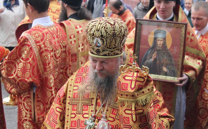 В день памяти прмч. Пахомия Скановского епископ Митрофан совершил Литургию в Троице – Скановом женском монастыре