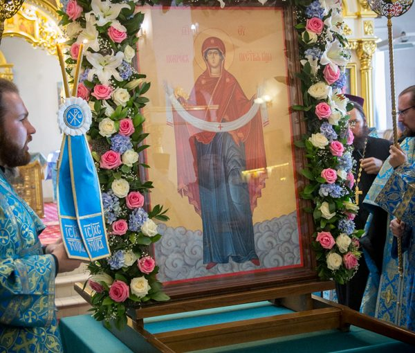 Епископ Митрофан принял участие в торжествах в честь праздника Покрова в Покровской епархии