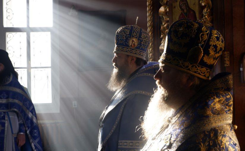 Божественная литургия в праздник иконы Божией Матери «Скоропослушница»