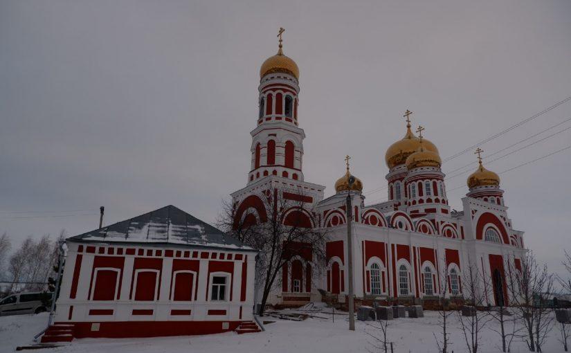 Епископ Митрофан совершил Божественную Литургию в Вознесенском соборе г. Спасска