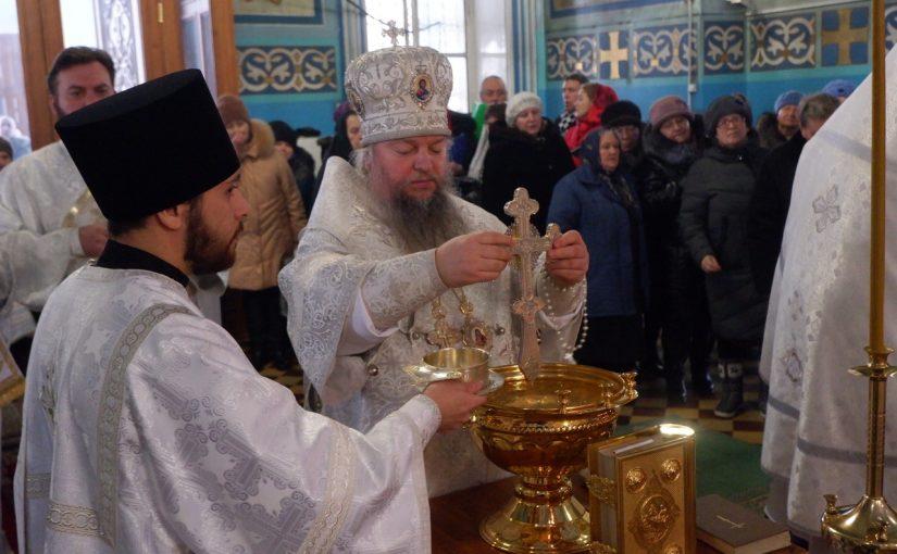 В Крещенский сочельник епископ Митрофан возглавил служение Божественной литургии в кафедральном соборе Сердобска