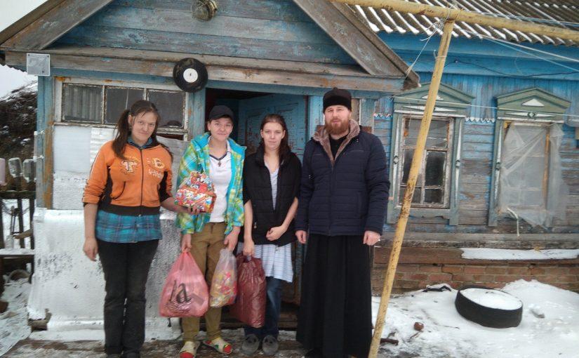 Иерей Сергий Третьяков поздравил жителей Вадинска с Рождеством