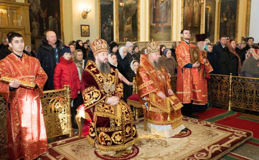 В день празднования Собора новомучеников и исповедников Церкви Русской митрополит Серафим принял поздравления с днем Ангела