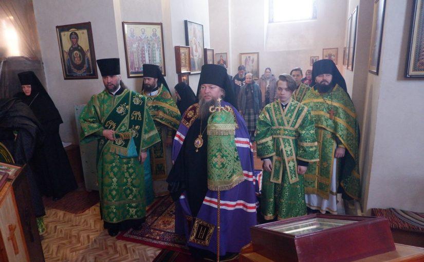 Епископ Митрофан совершил литургию в Вознесенском женском монастыре с. Пограничное