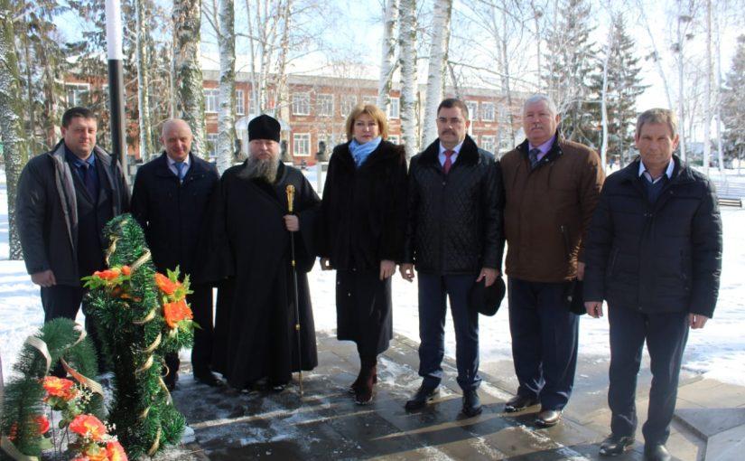 Епископ Митрофан принял участие в открытии духовно-просветительского центра в рп. Башмаково