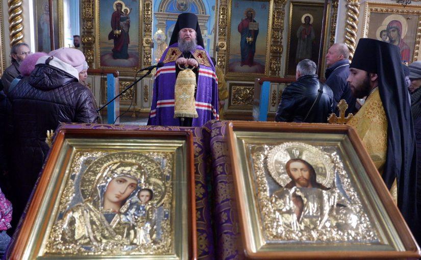 В праздник Торжества Православия епископ Митрофан возглавил Литургию в кафедральном соборе г. Сердобска