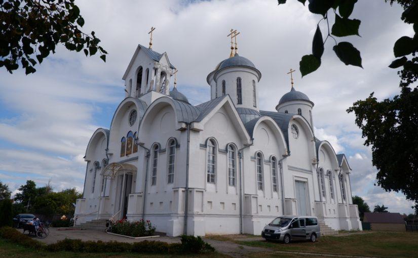 Епископ Митрофан совершил Божественную литургию в храме Рождества Христова р.п. Земетчино