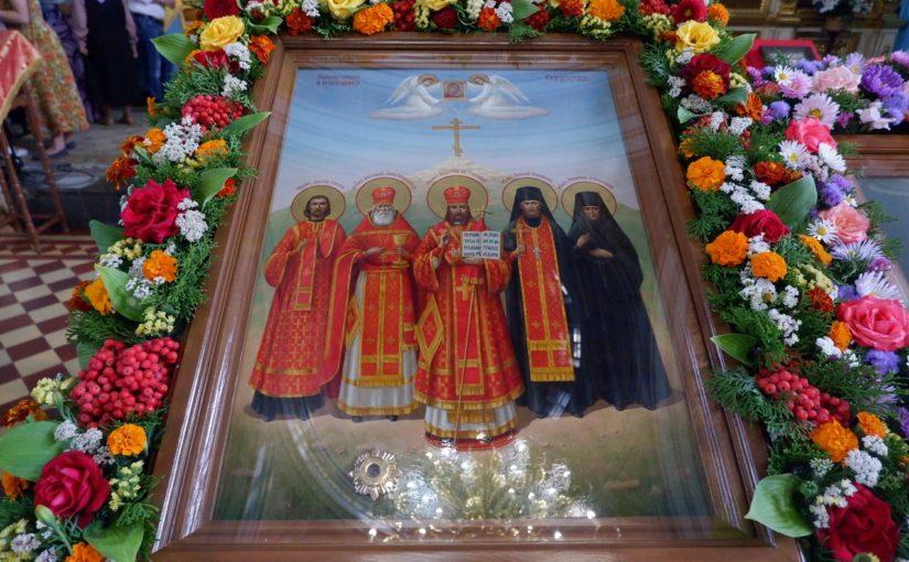 В день памяти новомучеников и исповедников Сердобской епархии епископ Митрофан совершил Литургию в кафедральном соборе Сердобска