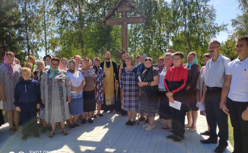 Освящение поклонного креста в Вадинском районе