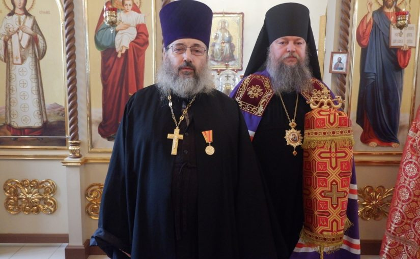Епископ Митрофан совершил Литургию в храме свт. Николая Чудотворца с. Куракино
