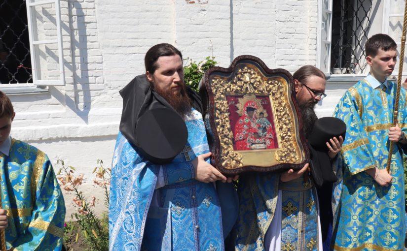 Торжества в Епархиальном Тихвинском Керенском монастыре с. Вадинск