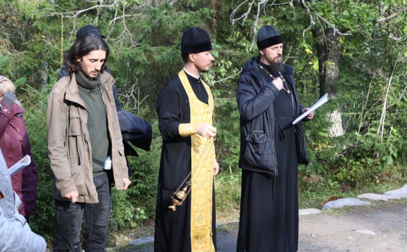 В день памяти благоверного князя Александра Невского  иеромонах Вениамин принял участие в богослужении в Соловецком монастыре